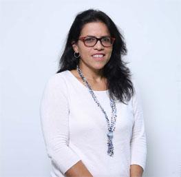 Alexandra La Cruz